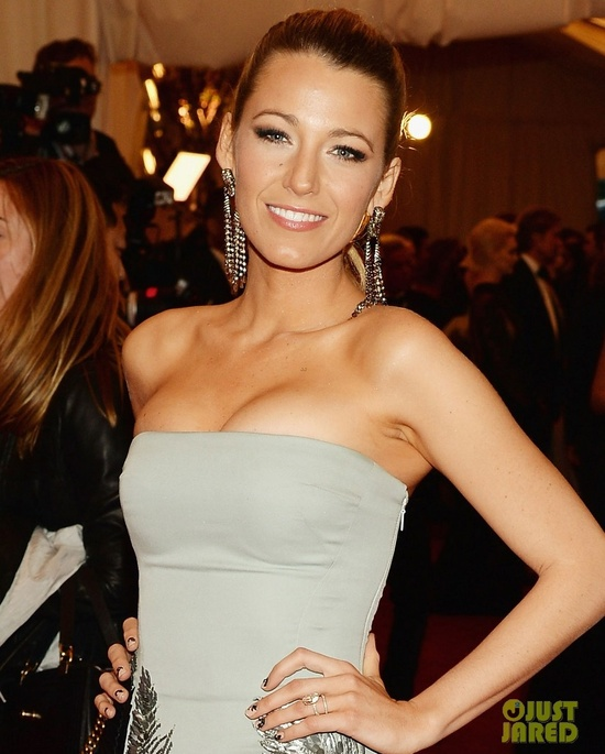 Met Ball 2013 wedding hair makeup dos and donts flawless overall blake lively