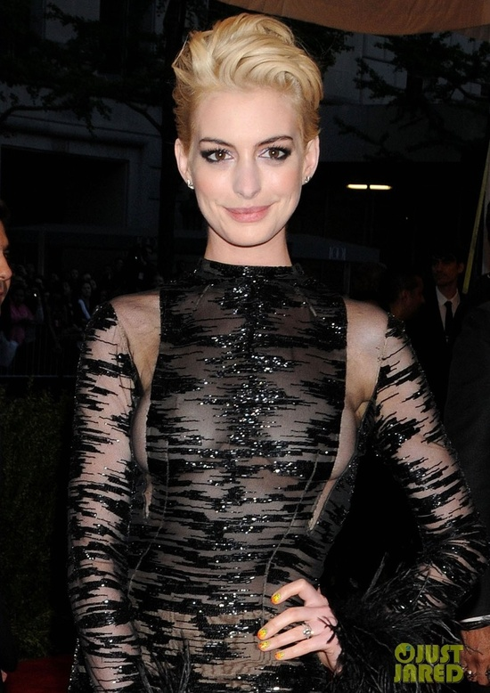 Think, that Anne hathaway see through clothes