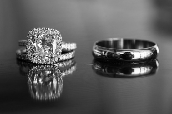 His and hers wedding ring photo