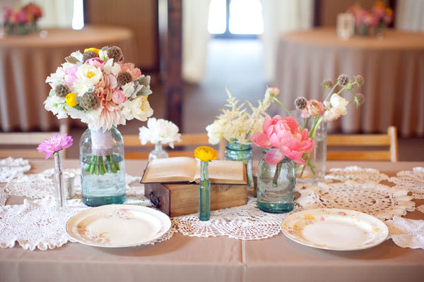 simple wedding reception centerpieces mason jars