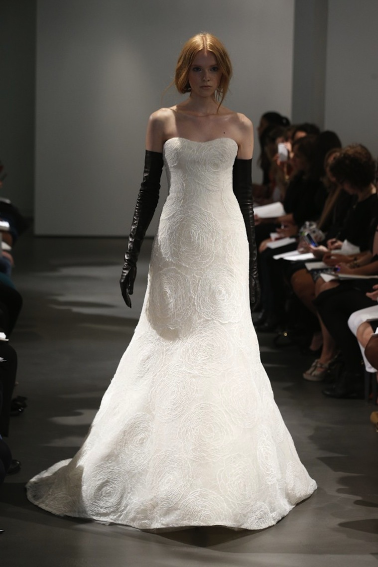 Vera-wang-wedding-dress-spring-2014-bridal-11.full