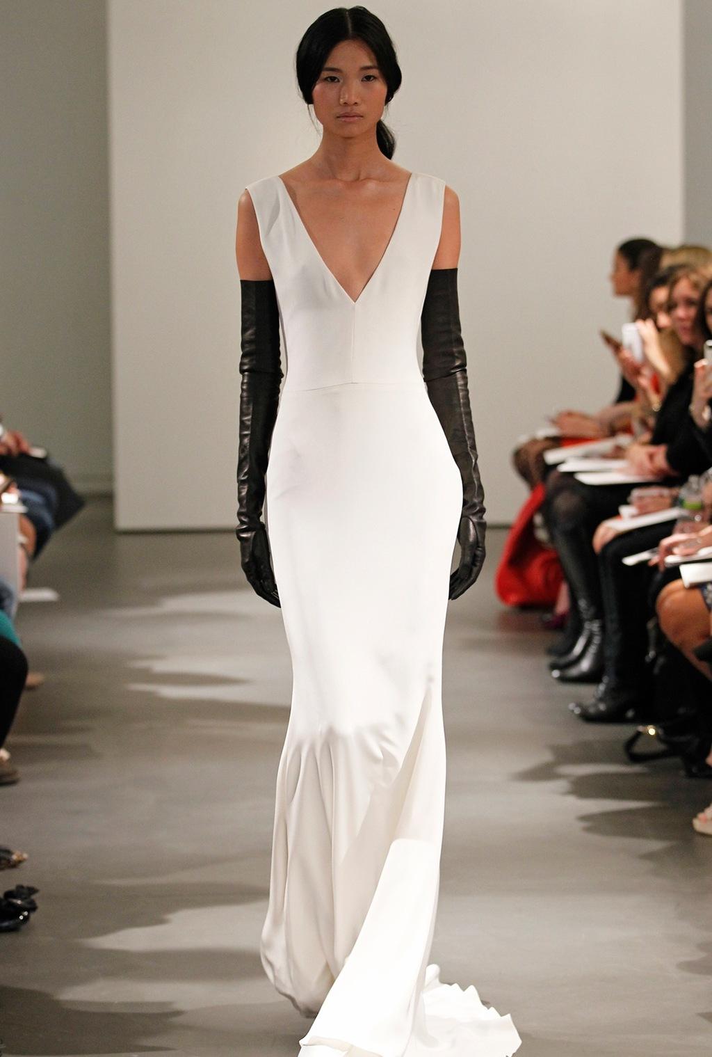 Vw-bride_ss14_runway_look-1.full