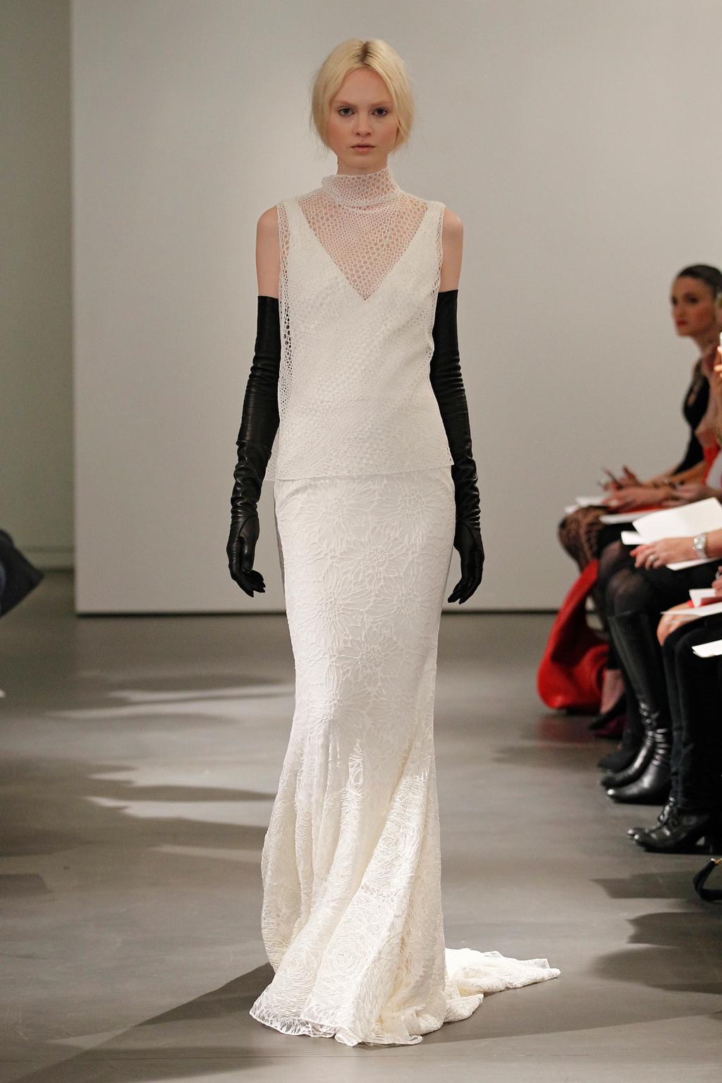 Vw-bride_ss14_runway_look-3.full