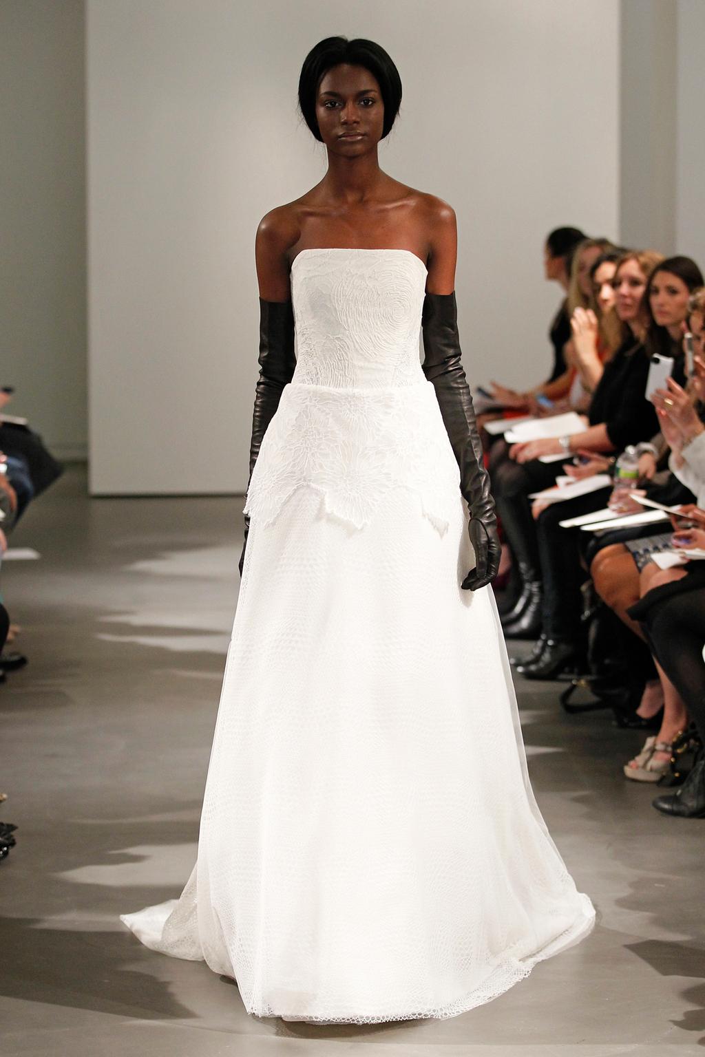 Vw-bride_ss14_runway_look-8.full