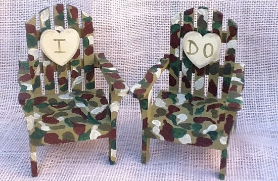 Camo chairs wedding cake topper