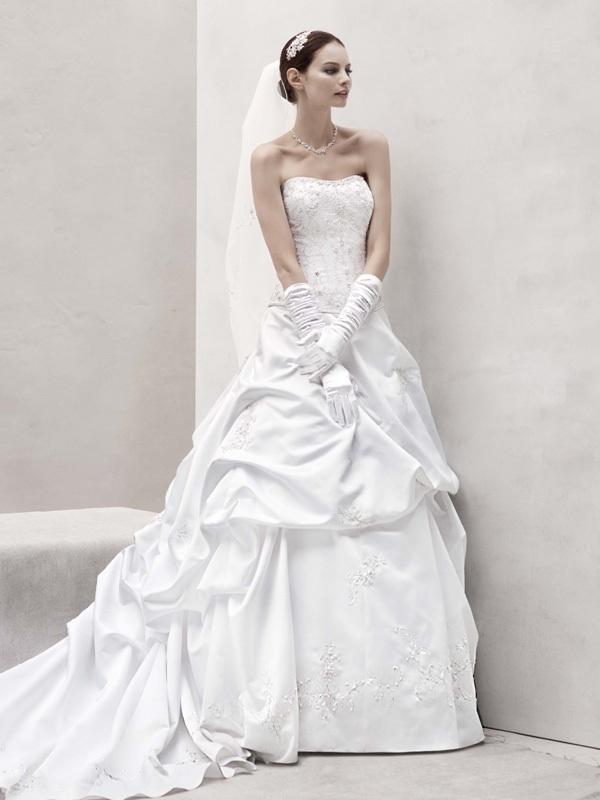 Spring-2012-wedding-dress-oleg-cassini-bridal-gowns-ct291.full
