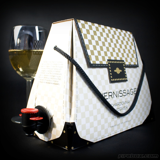 photo of Handbag for wine lovers bridesmaid gifts