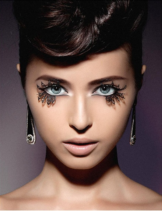 photo of False lashes for daring brides paperself