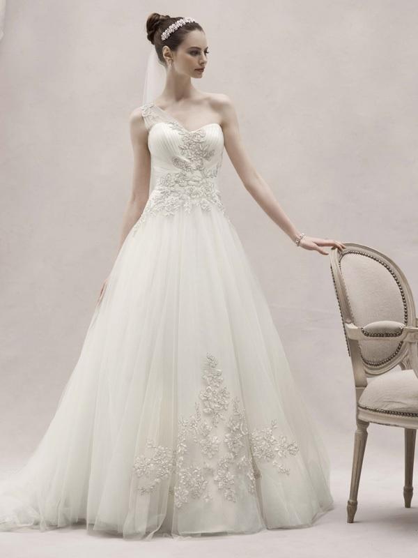 Spring-2012-wedding-dress-oleg-cassini-bridal-gowns-ckp421.full