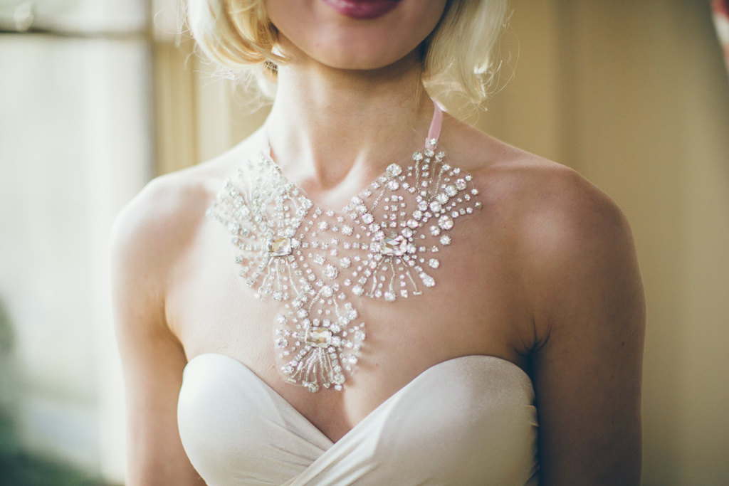 Crystal-starburst-wedding-necklace.full