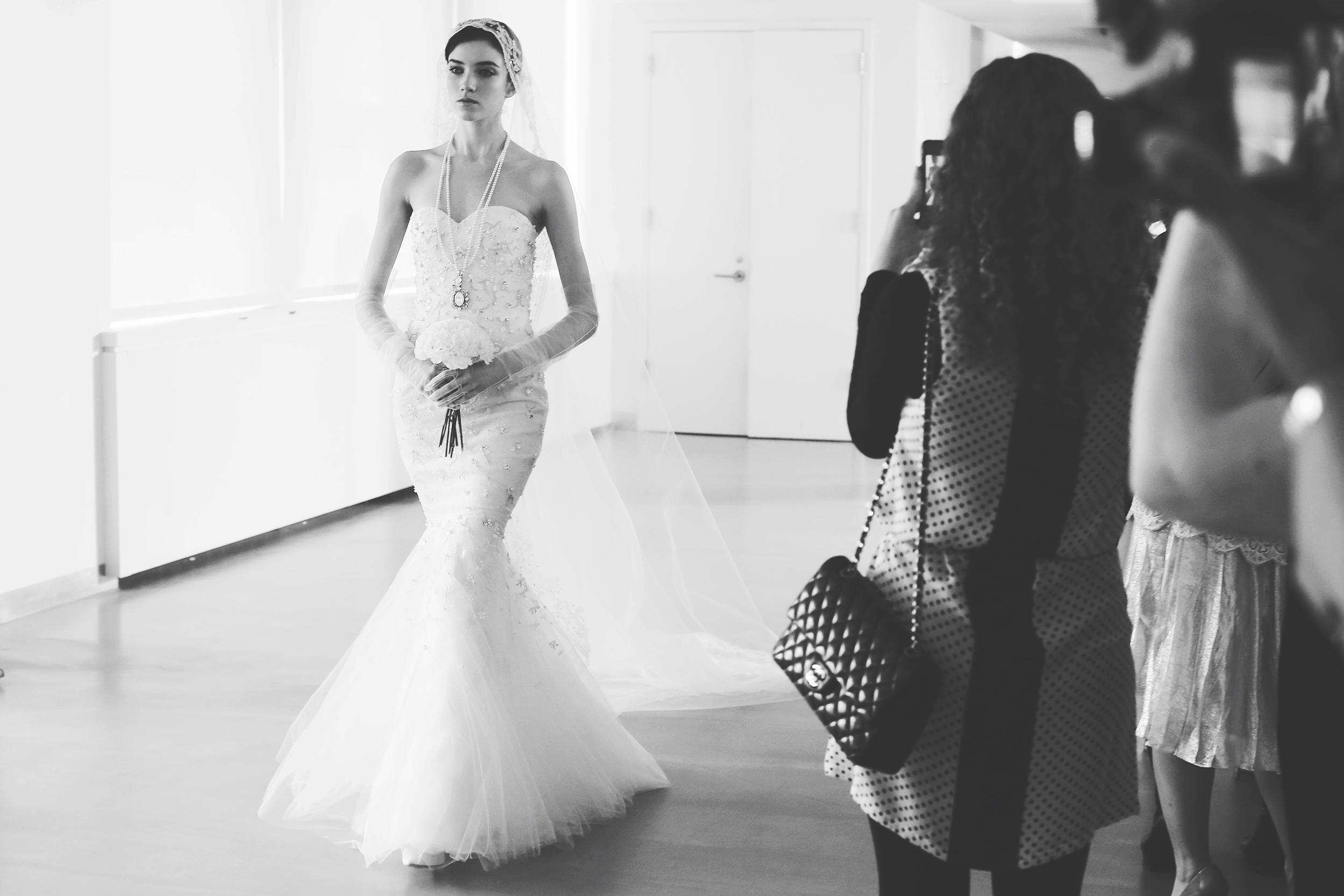 Oscar de la renta bridal spring 2014 wedding dresses 30 for De la renta wedding dresses