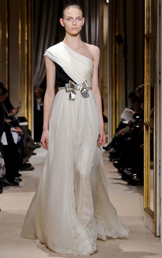 Giambattista Valli spring 2012 couture wedding dress