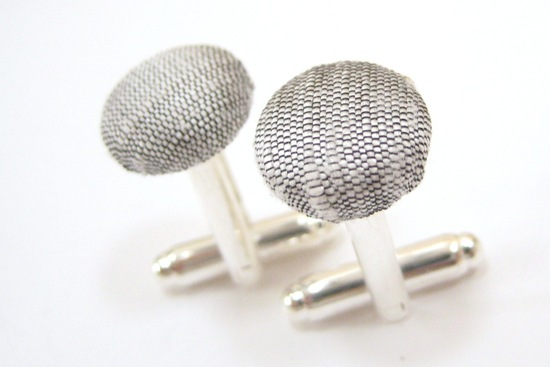 gray fabric cuff links for grooms