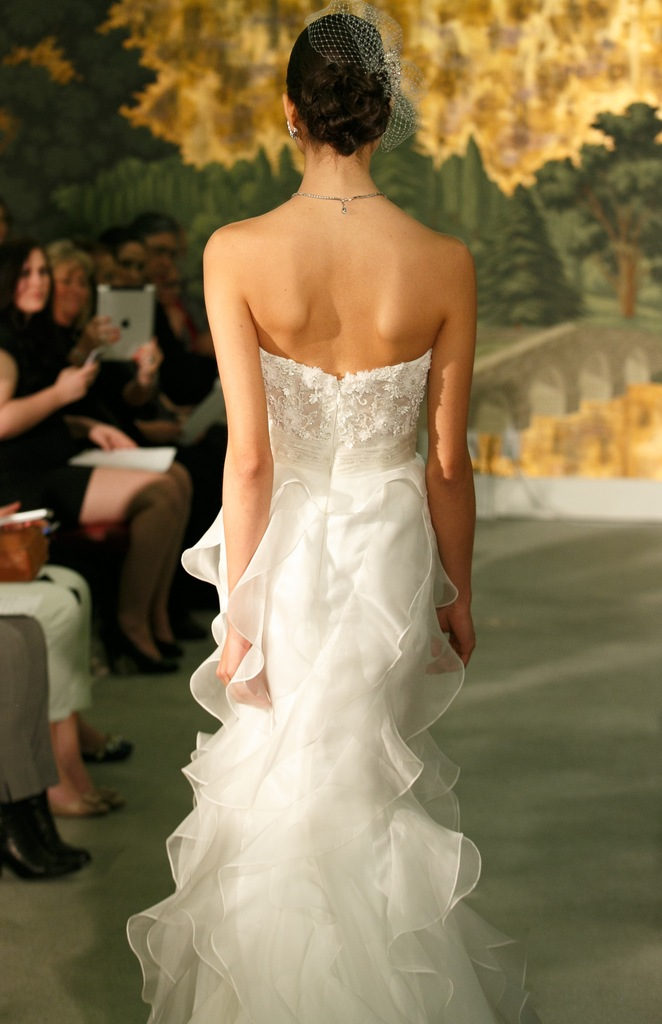 photo of 12 Timeless Wedding Dresses New from Anne Barge