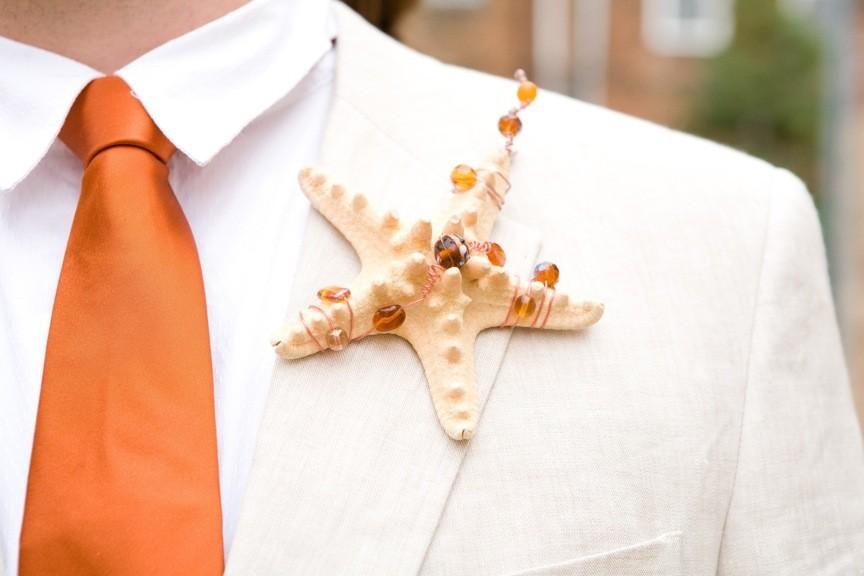 Starfish-grooms-boutonniere.full