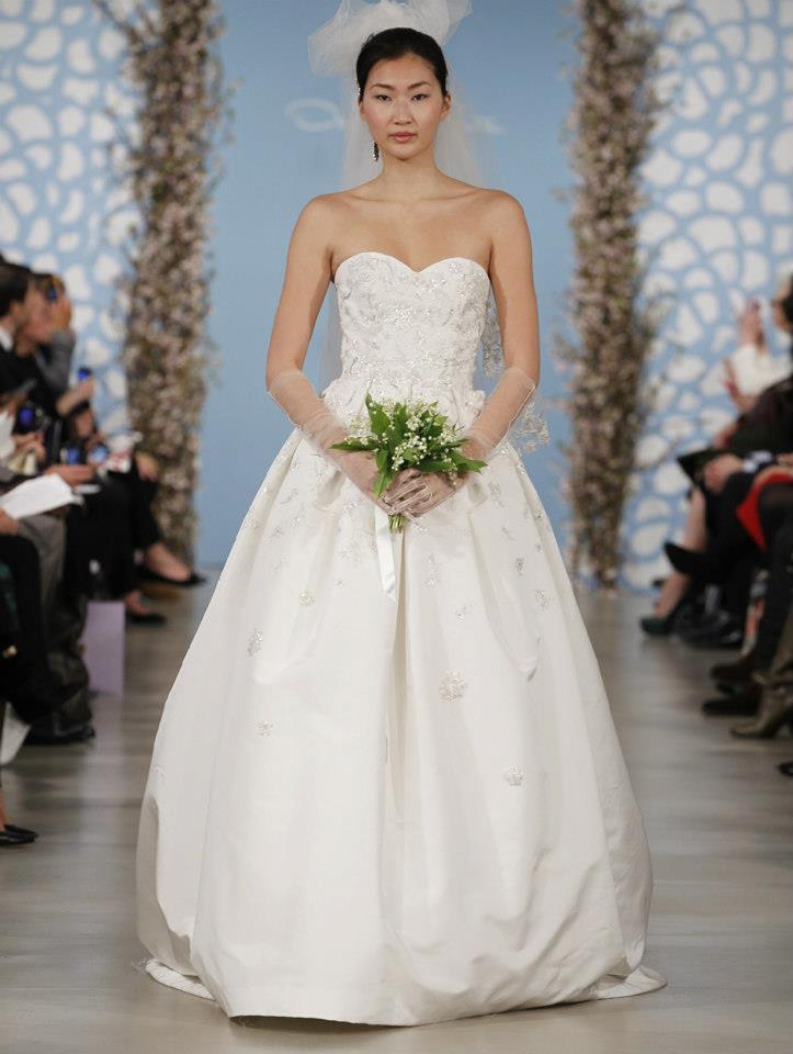 Wedding-dress-by-oscar-de-la-renta-spring-2014-bridal-23.full