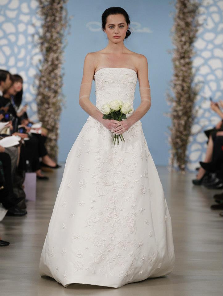 Wedding dress by oscar de la renta spring 2014 bridal 22 for De la renta wedding dresses