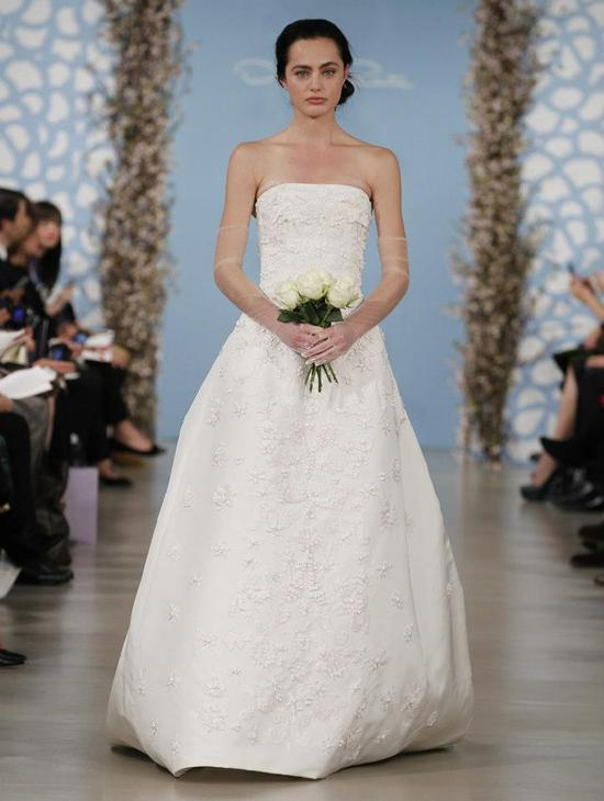 Wedding Dress by Oscar de la Renta Spring 2014 Bridal 22