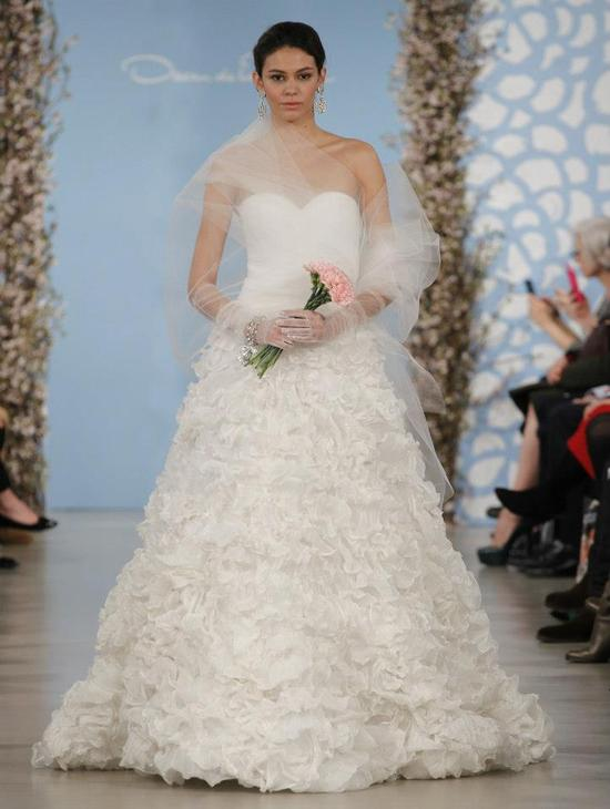 Wedding Dress by Oscar de la Renta Spring 2014 Bridal 21