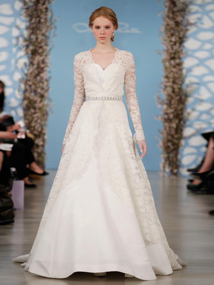 Wedding dress by oscar de la renta spring 2014 bridal 14 for Oscar de la renta lace wedding dress