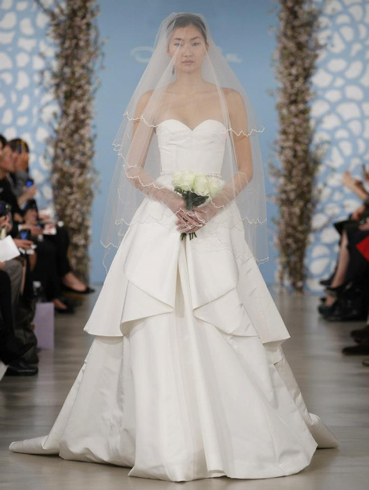Wedding-dress-by-oscar-de-la-renta-spring-2014-bridal-12.full