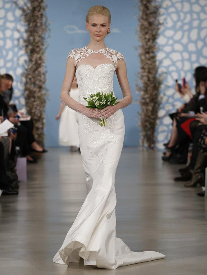 Wedding dress by oscar de la renta spring 2014 bridal 11 for Oscar de la renta lace wedding dress