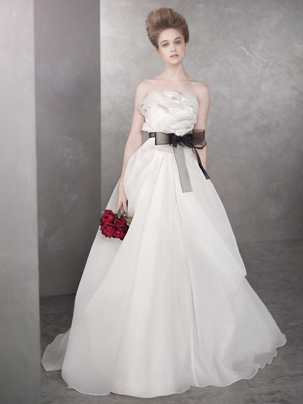 White-by-vera-wang-wedding-dress-spring-2012-bridal-gowns-vw351105.full