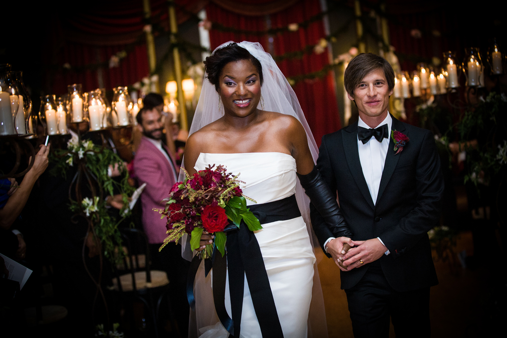 Vera-wang-inspired-bride-black-and-white-wedding-style.full