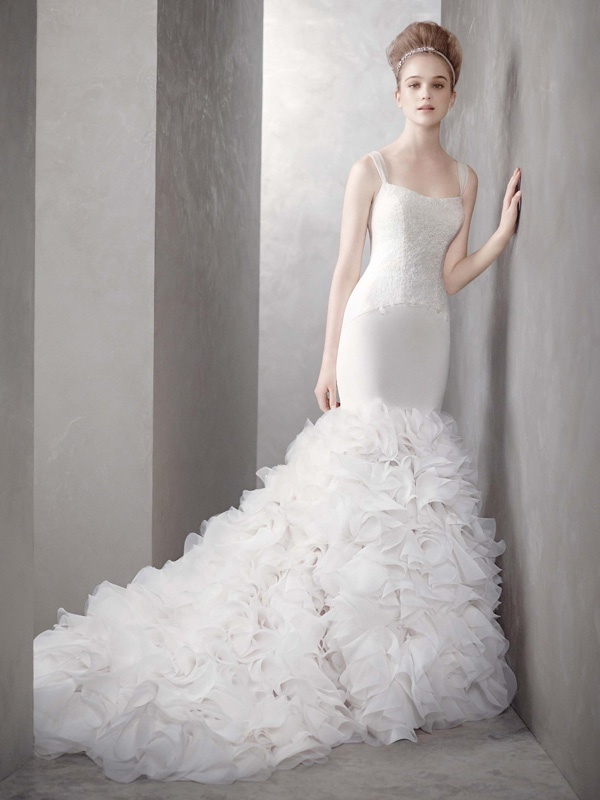 White-by-vera-wang-wedding-dress-spring-2012-bridal-gowns-vw351136.full