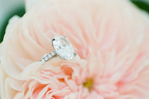 photo of oval shaped diamond engagement ring