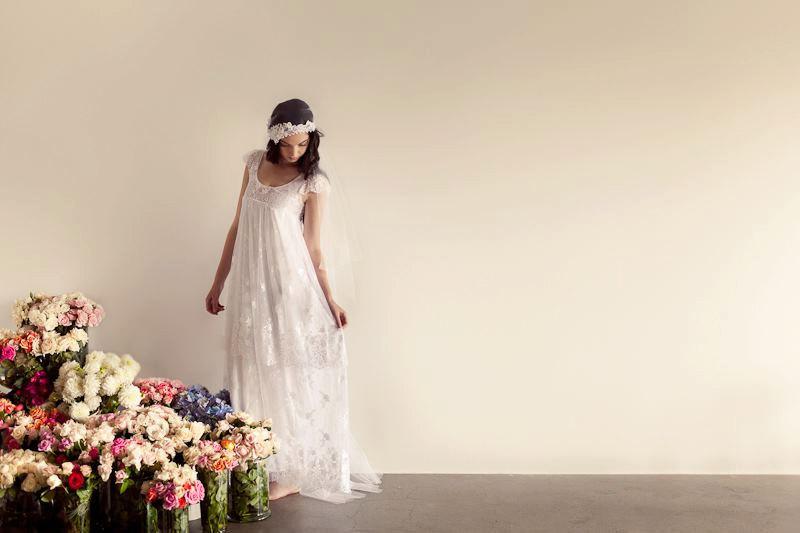 Bohemian-bride-wears-ivory-lace-sheath-wedding-dress.full