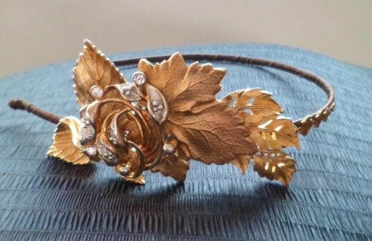 Gold-bohemian-and-crystal-wedding-headband.full