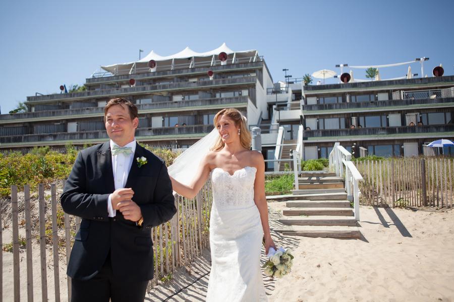 Real-wedding-long-island-throo-williams-photography-by-verdi-bride-groom-first-look.full