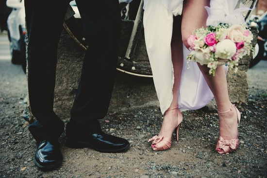 Real Wedding Genoa Nevada Vintage Lincoln Bratt Annie X Photographie Bride and Groom Shoes