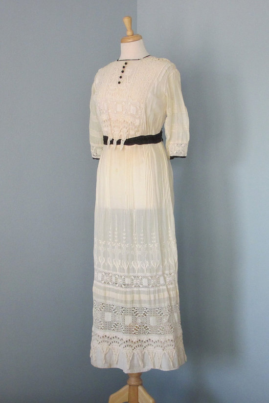 vintage 1910 wedding dress black details