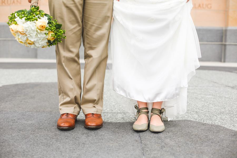 Oxford%20wedding_des%20moines,%20iowa%20_sticks_wedding%20photographer-124.full