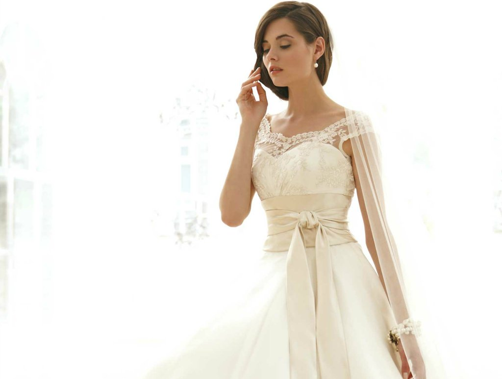 sassi holford wedding dress 2012 bridal gowns couture cap sleeves ...