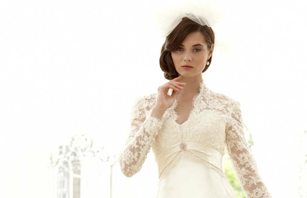 Sassi-holford-wedding-dress-2012-bridal-gowns-couture-2.full