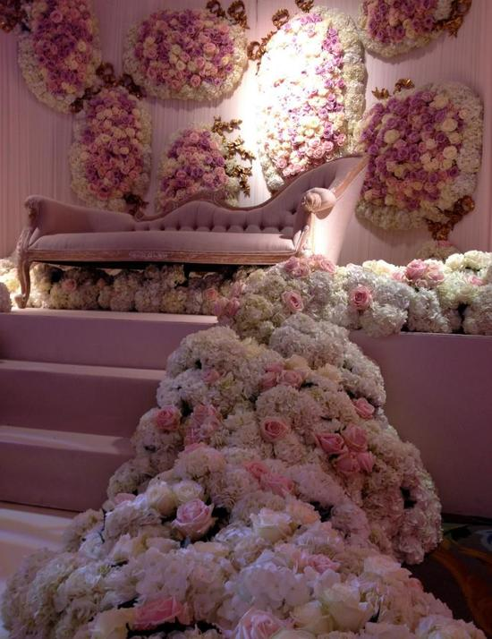 Amazing wedding flowers by Jeff Leatham 1