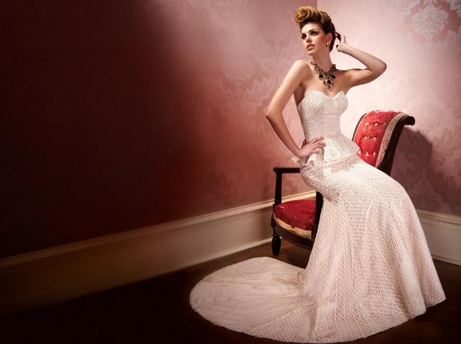Olia-zavozina-wedding-dress-mid-century-bridal-style.full