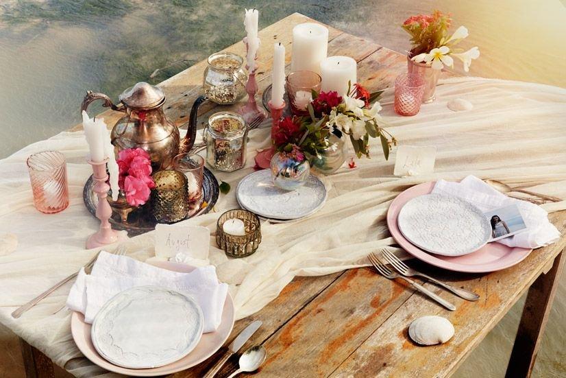 Summer-wedding-tablescape-decor-from-bhldn.full