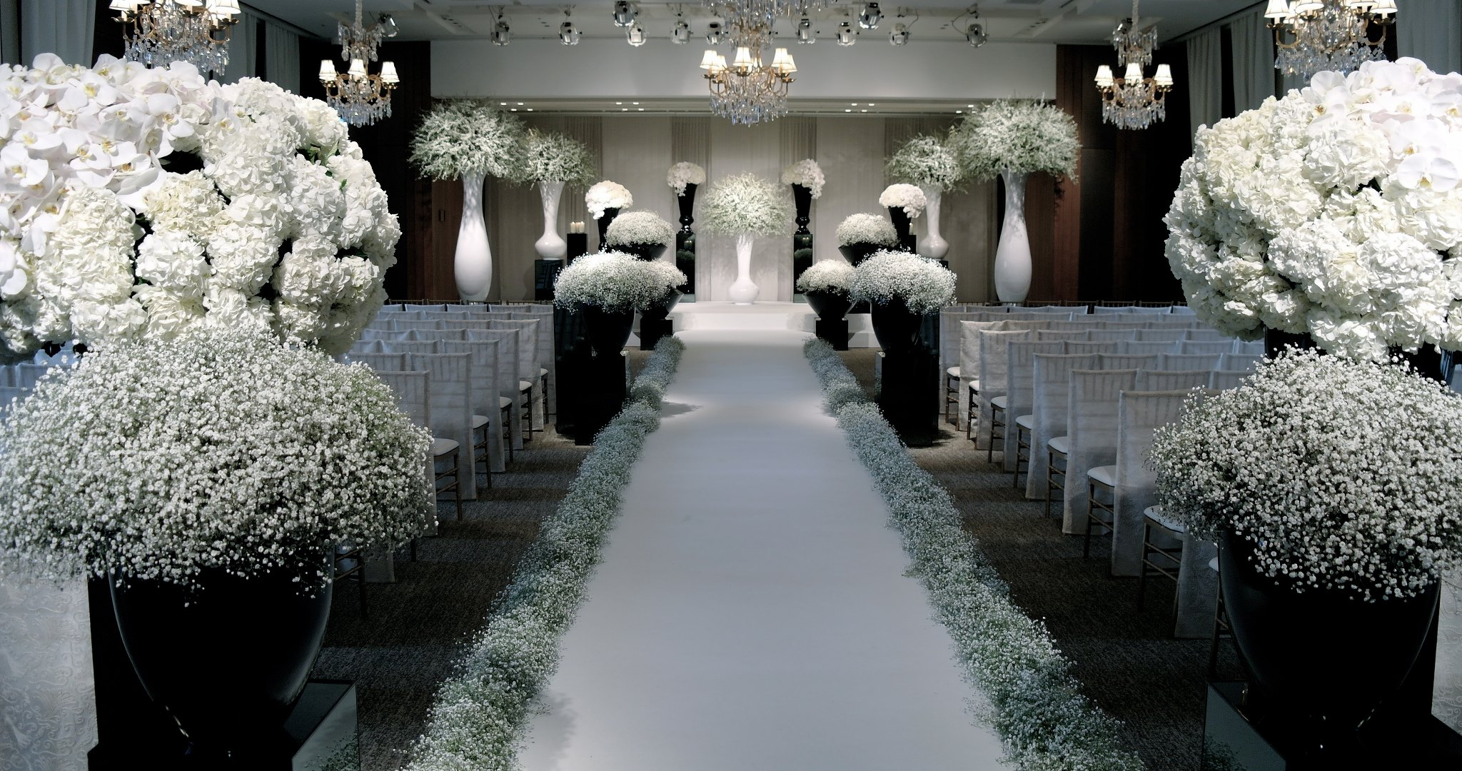 wedding flower inspiration the Jeff Leatham Look white and ...