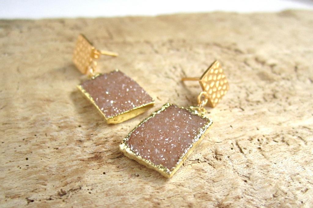 Druzy-quartz-gold-statement-wedding-earrings.full