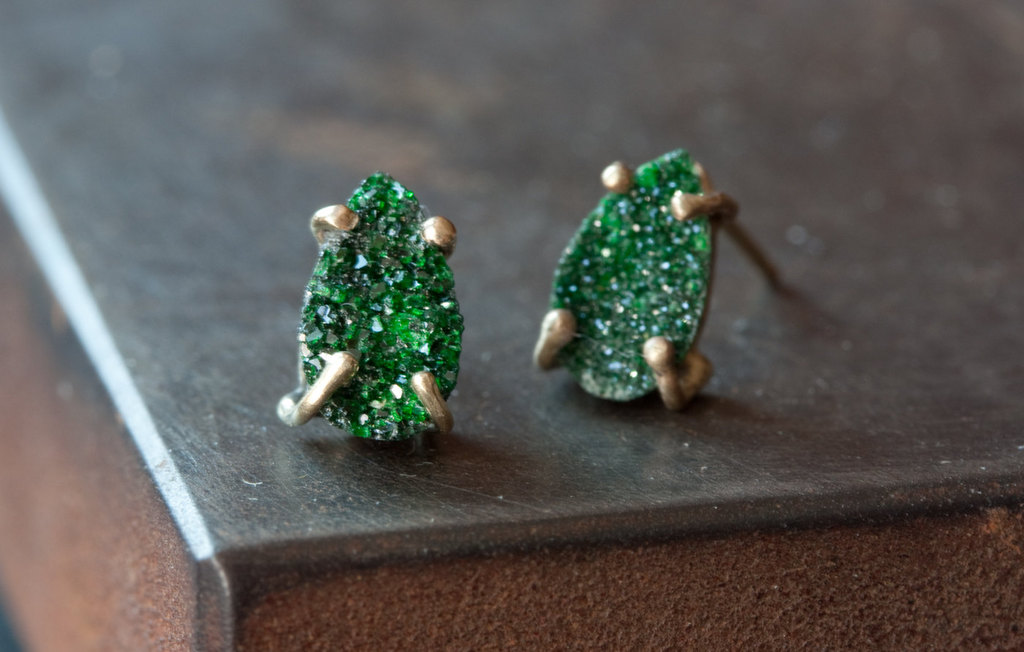 emerald green stud earrings for bridesmaids