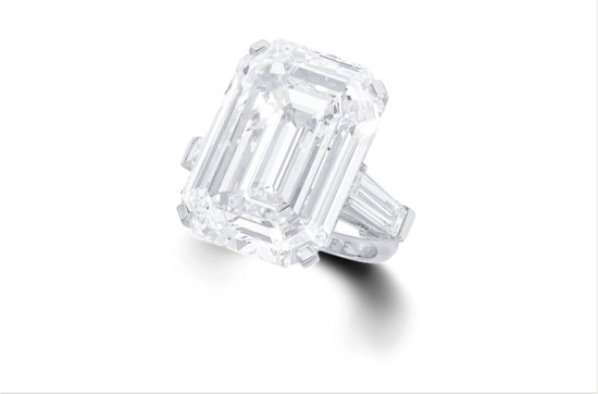33 carat engagement ring flawless emerald cut 2