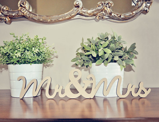 Mr and Mrs elegant wedding sign