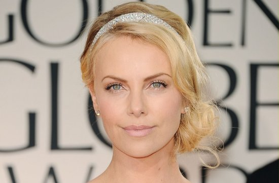 charlize theron 2012 golden globes vintage updo natural bridal makeup