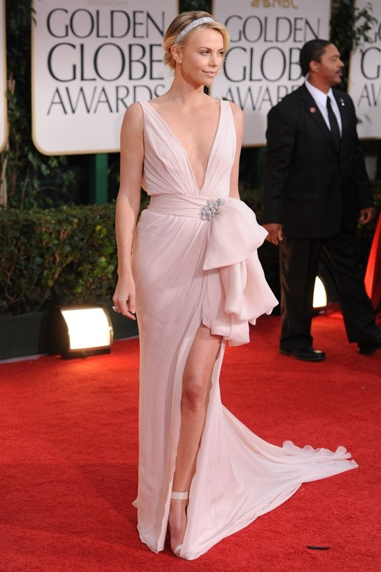 Charlize-theron-2012-golden-globes-wedding-dress-ideas-inspiration.medium_large