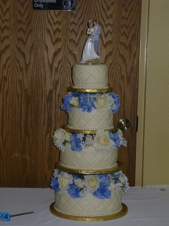 photo of Custom Cake Studio