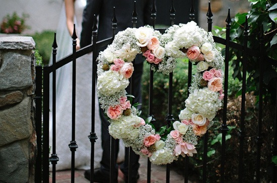 Garden rose and babys breath wedding wreath